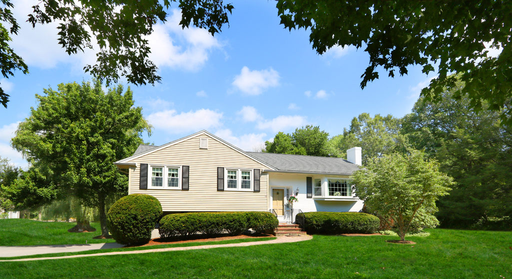 54 Meadowbrook Road - Sold Listing