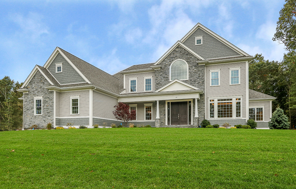Front exterior photograph of 29 Hedgerow Lane in Westwood MA